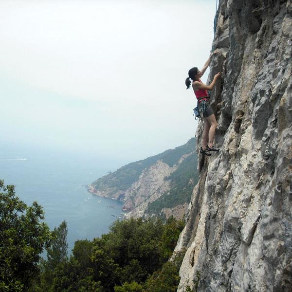 Rock climbing on Monte Muzzerone