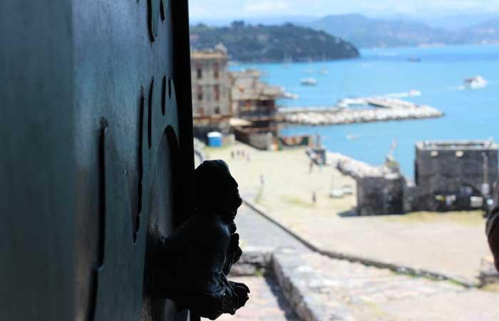 Travel Bloggers in Portovenere: image by dailyindulgencetourism