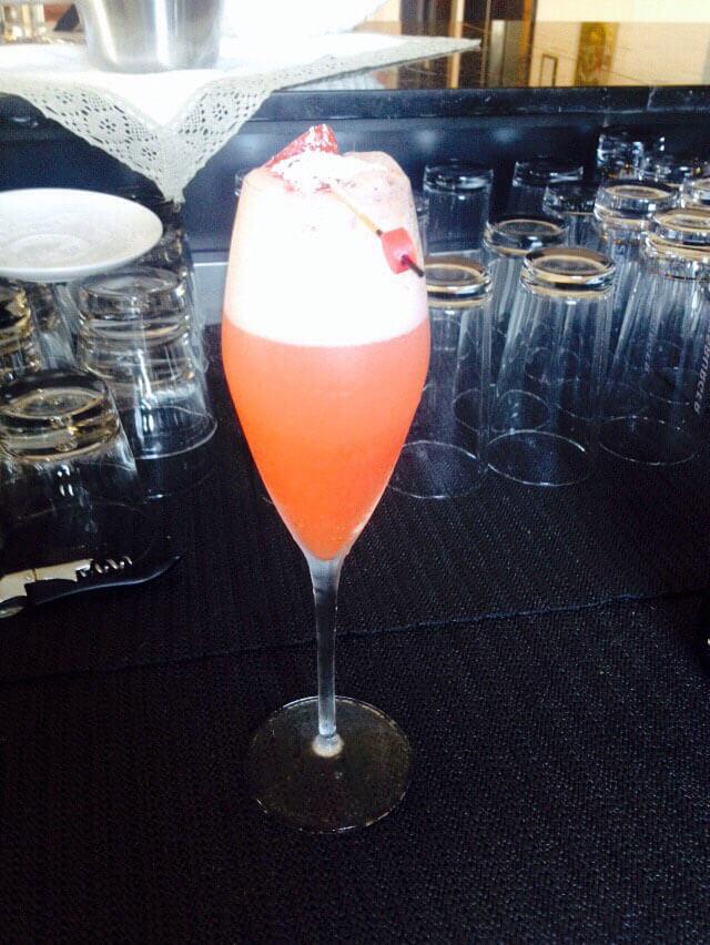 Rossini Cocktail, Venus Bar, Bay of Poets