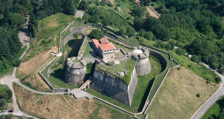 Fortezza di Sarzanello, Liguria