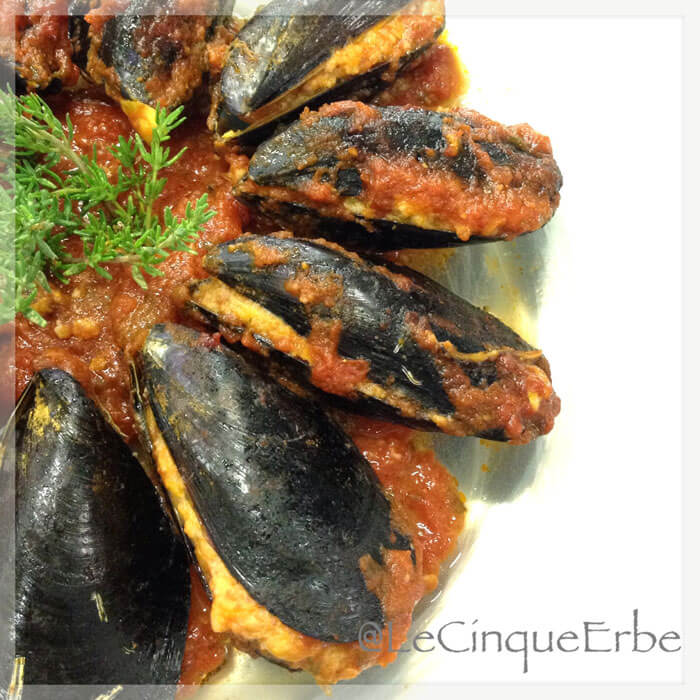 Recipe: La Spezia-style stuffed mussels