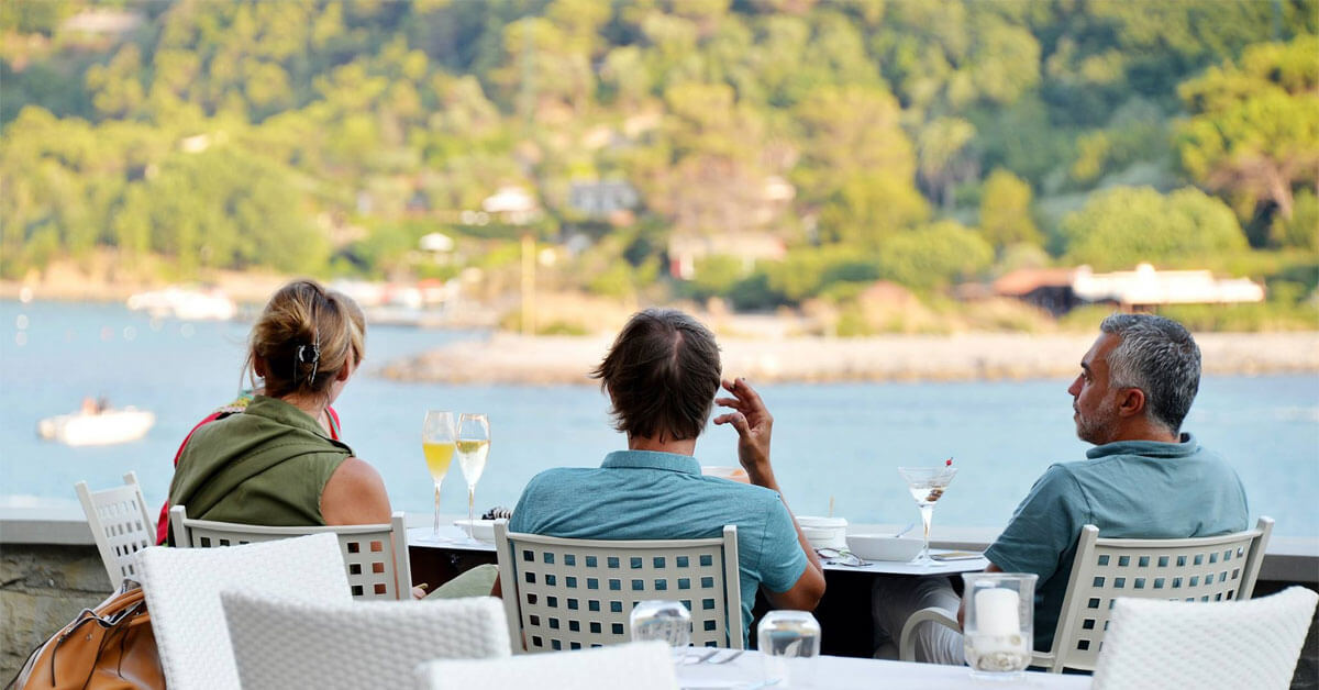 Panoramic Refreshing Summer Cocktails At Venus Bar