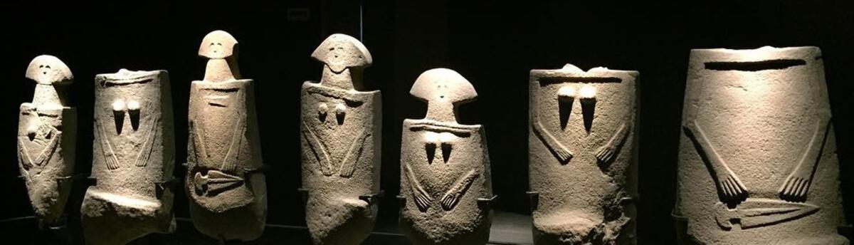 statue-stele-lunigiana-statues
